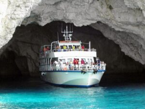 Cruise boat Ahaya Bay blue cave